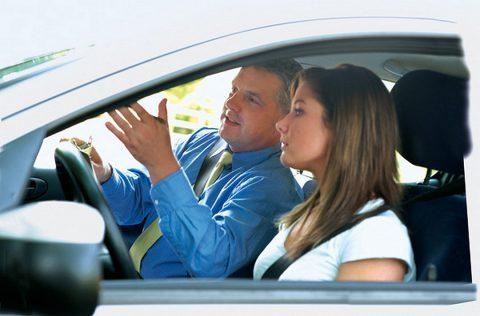 Zoom sur les aides pour le permis de conduire