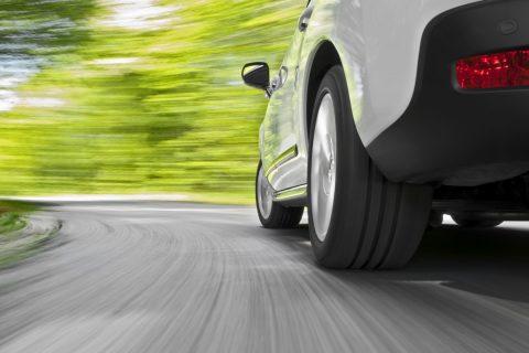 Apprendre à conduire avec une voiture essence ou diesel
